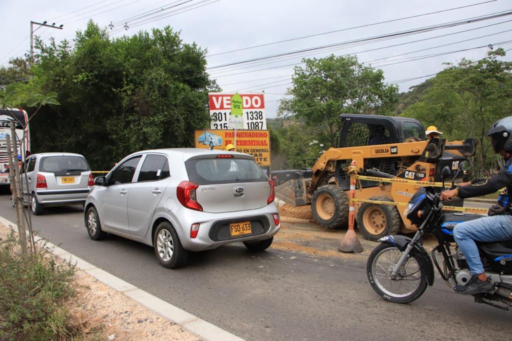 Cierre vial temporal retorno Puente El Bueno (4)