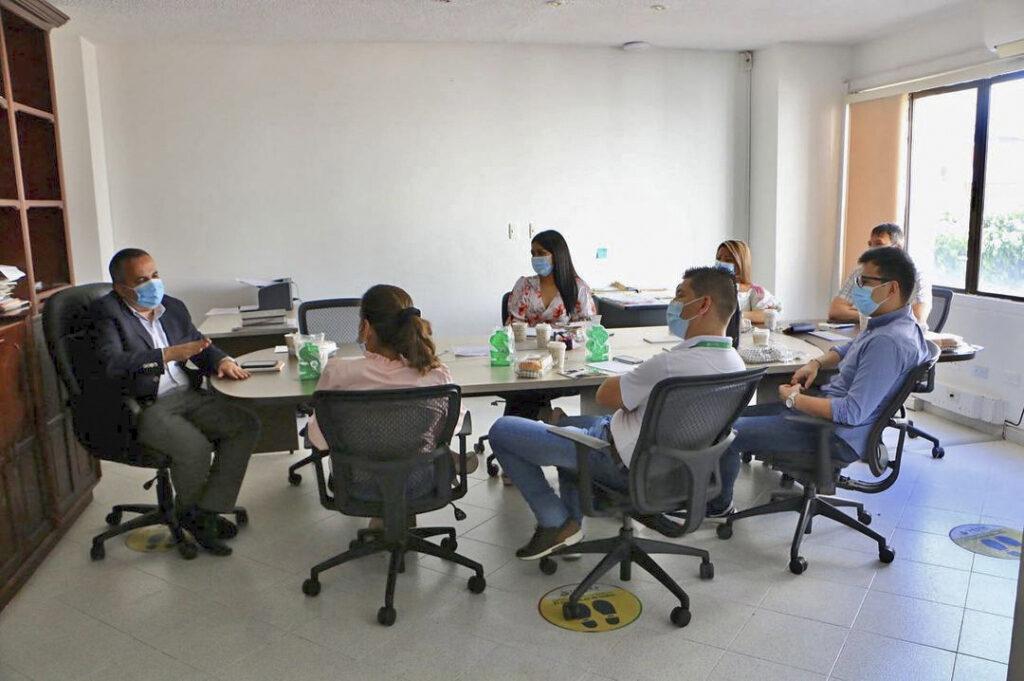 Mesa con el secretario del interior departamental 06
