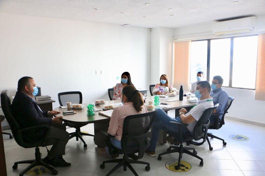 Mesa con el secretario del interior departamental 08