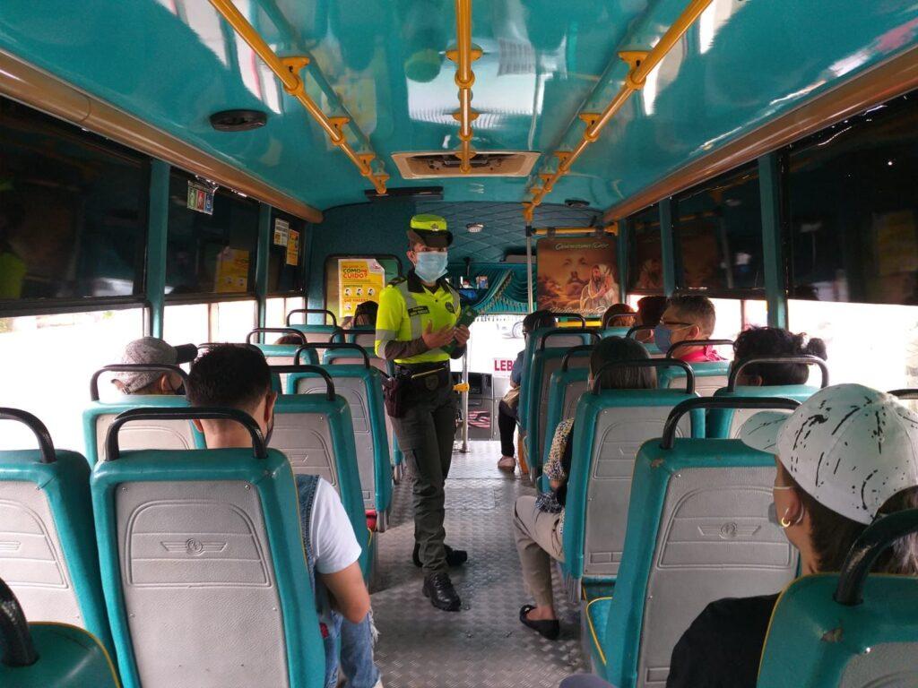 Campaña. la seguridad vial se toma la región - 03
